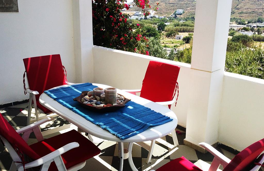 Το σπίτι για ενοικίαση Ερατώ βρίσκεται κοντά στο κέντρο της Σερίφου και φιλοξενεί 5 άτομα