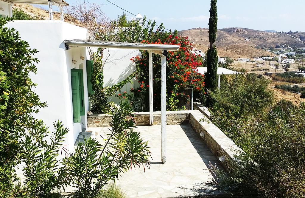 Η παραθεριστική κατοικία βίλα Γάνεμα φιλοξενεί 10 άτομα και βρίσκεται κοντά στο κέντρο της Σερίφου