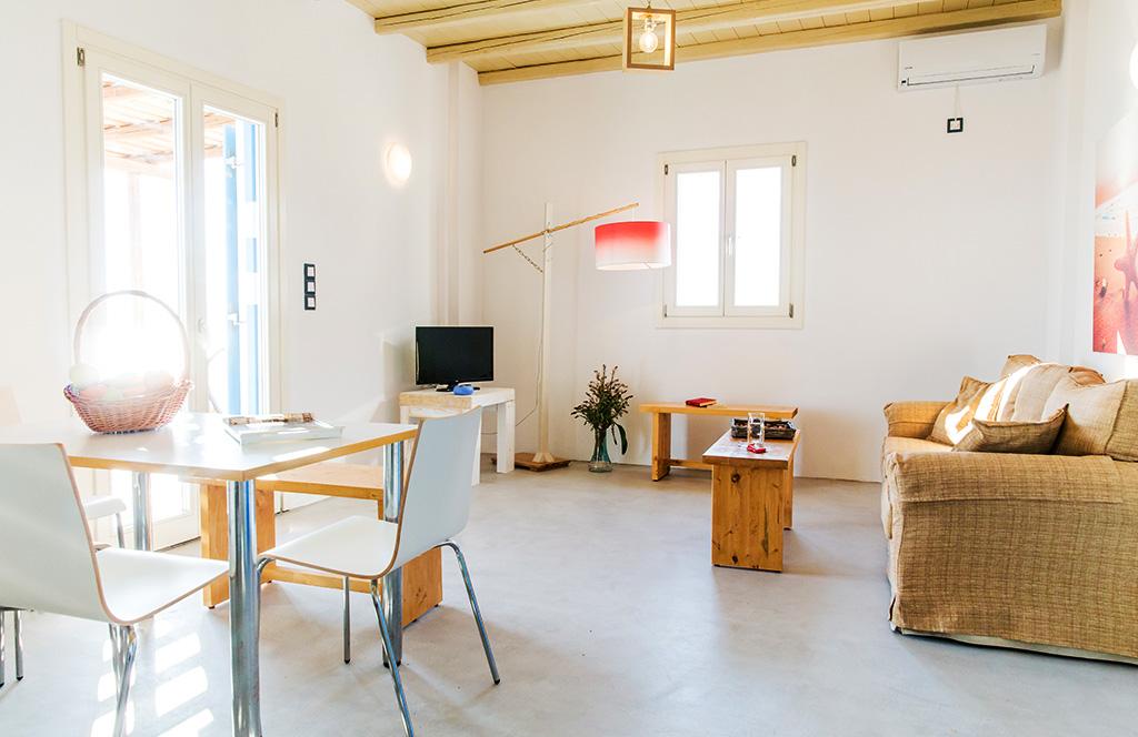 Η παραθεριστική κατοικία βίλα Ιτιά 1 φιλοξενεί 4 άτομα, βρίσκεται κοντά στην θάλασσα και στο κέντρο της Σερίφου