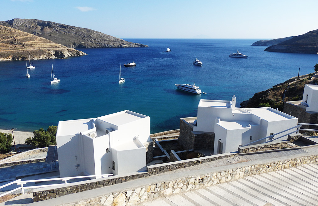 Superb view of the sea of Serifos from the house for rent villa Itia 2